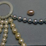 Comparing pearl luster
