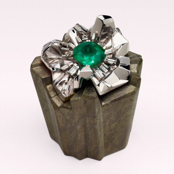 Crystalucinea Metha Agressiva by Dior Fine Jewelry/Victoire de Castellane
