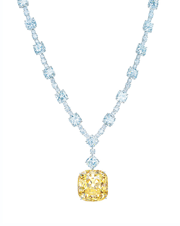The finished necklace with the 128.54-carat Tiffany Diamond and white diamonds totaling more than 120 carats. Photo Credit: Carlton Davis
