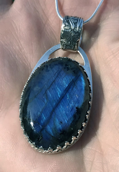 Blue labradorite pendant with Art Nouveau-inspired bail, private commission, March 2019